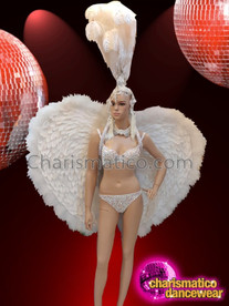 CHARISMATICO Wonderfully sexy glamour queen bra and thong costume set with feathered headdress