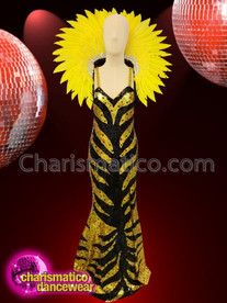 CHARISMATICO Elegant drag queen costume set with sequinned dress and feathered headdress