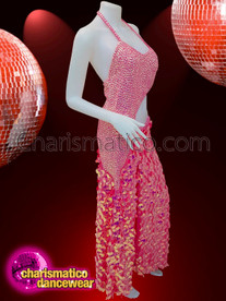 CHARISMATICO Prettier than ever the merge of sequins in a fuschia dress
