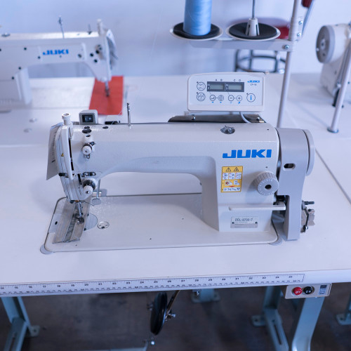 DDL-8700-7 Single Needle drop feed (Setup complete with table, motor & stand)