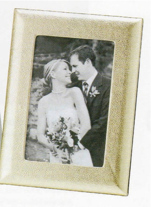 Luxe Leather Wedding Photo Frame - Medium 4 x 6""