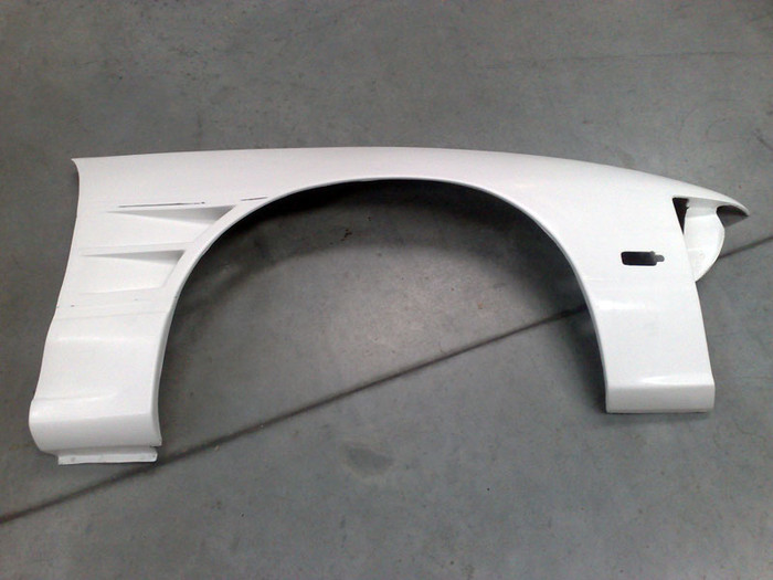 SRB POWER - S13 FIBREGLASS +20mm TYPE 1 TWIN VENTED FRONT FENDERS