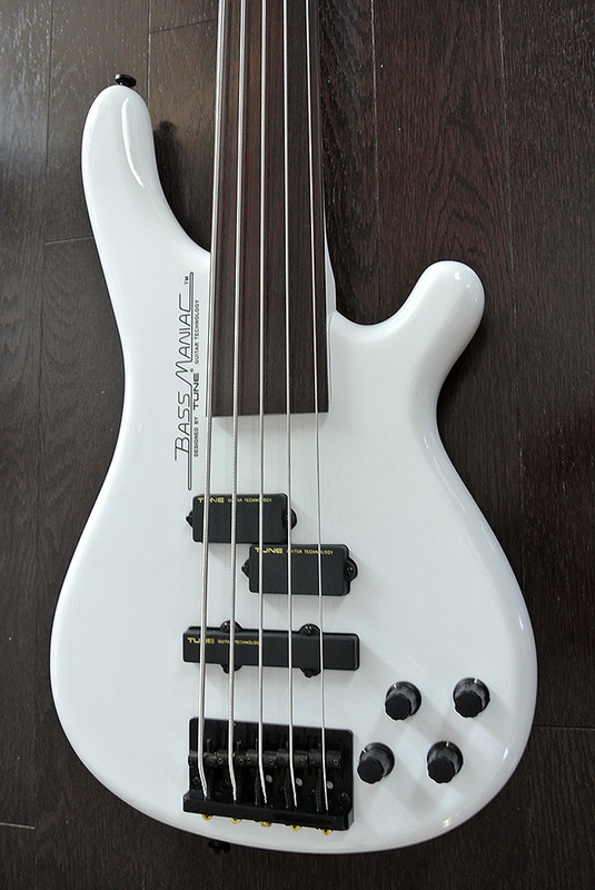 TUNE Bass Maniac TBJ51 - Fretless 5 String Active Bass - Snow White