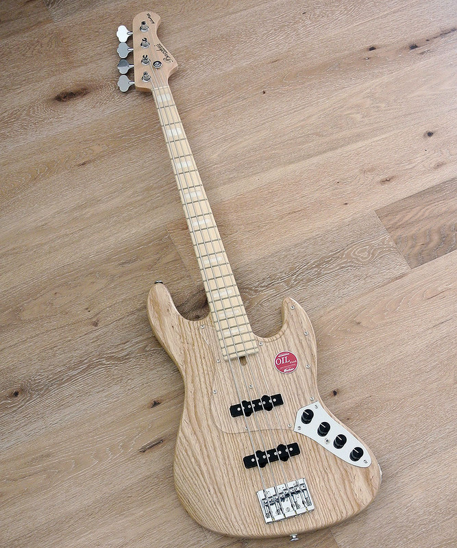 Bacchus Handmade Japan Series -  WOODLINE DX4-AC/E - Active 4 String Bass