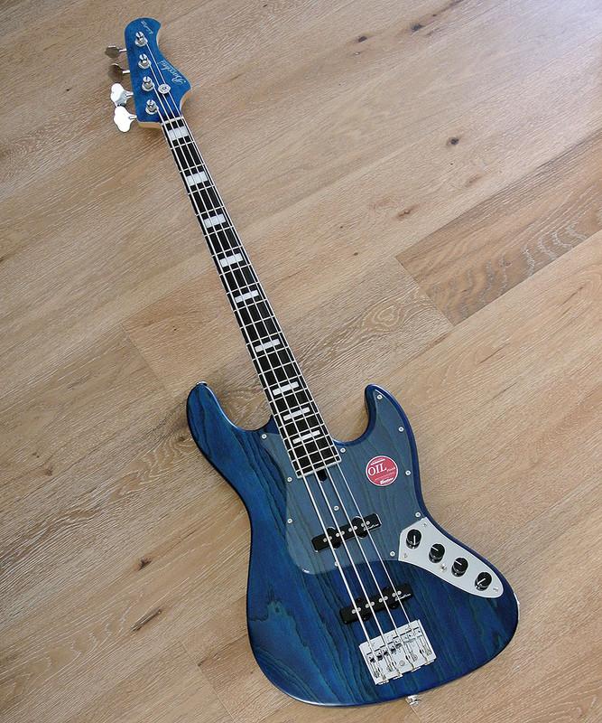 Bacchus Handmade Japan Series - WOODLINE417/AC - 4 String Active Bass - Blue Oil