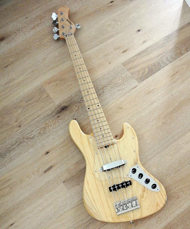 Sadowsky Metroline MV5 Bass - Natural Finish - Mint Condition