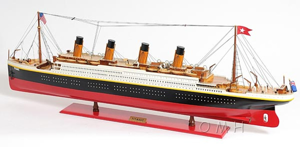 Titanic Painted Ocean Liner Extra Large
