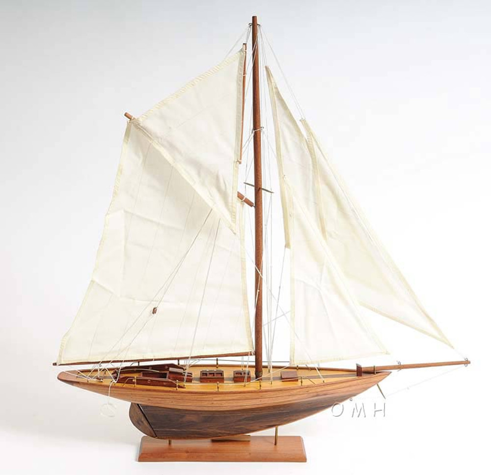 Pen Duick Small Version Yacht