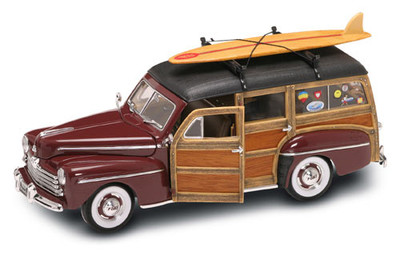 1948 Ford Woody with Surfboard Burgundy