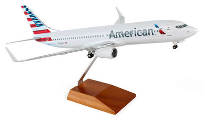 American Airlines Boeing 737-800 New Livery SKR8244
