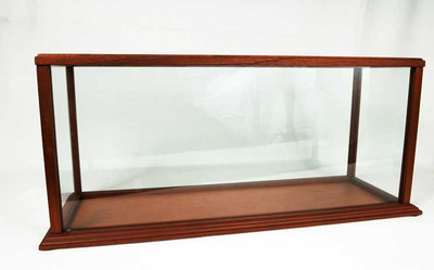 Toys and Models Ship Model Display Case Small