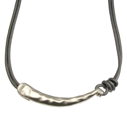5055-1 - Matte Silver/Grey Hook Pendant Magnetic Clasp