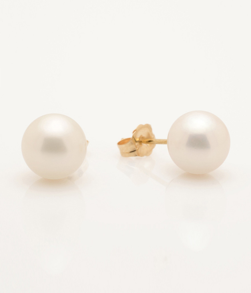 Side View Of Cultured Freshwater White Pearl Earrings With 14k Gold Posts By Nektar De Stagni