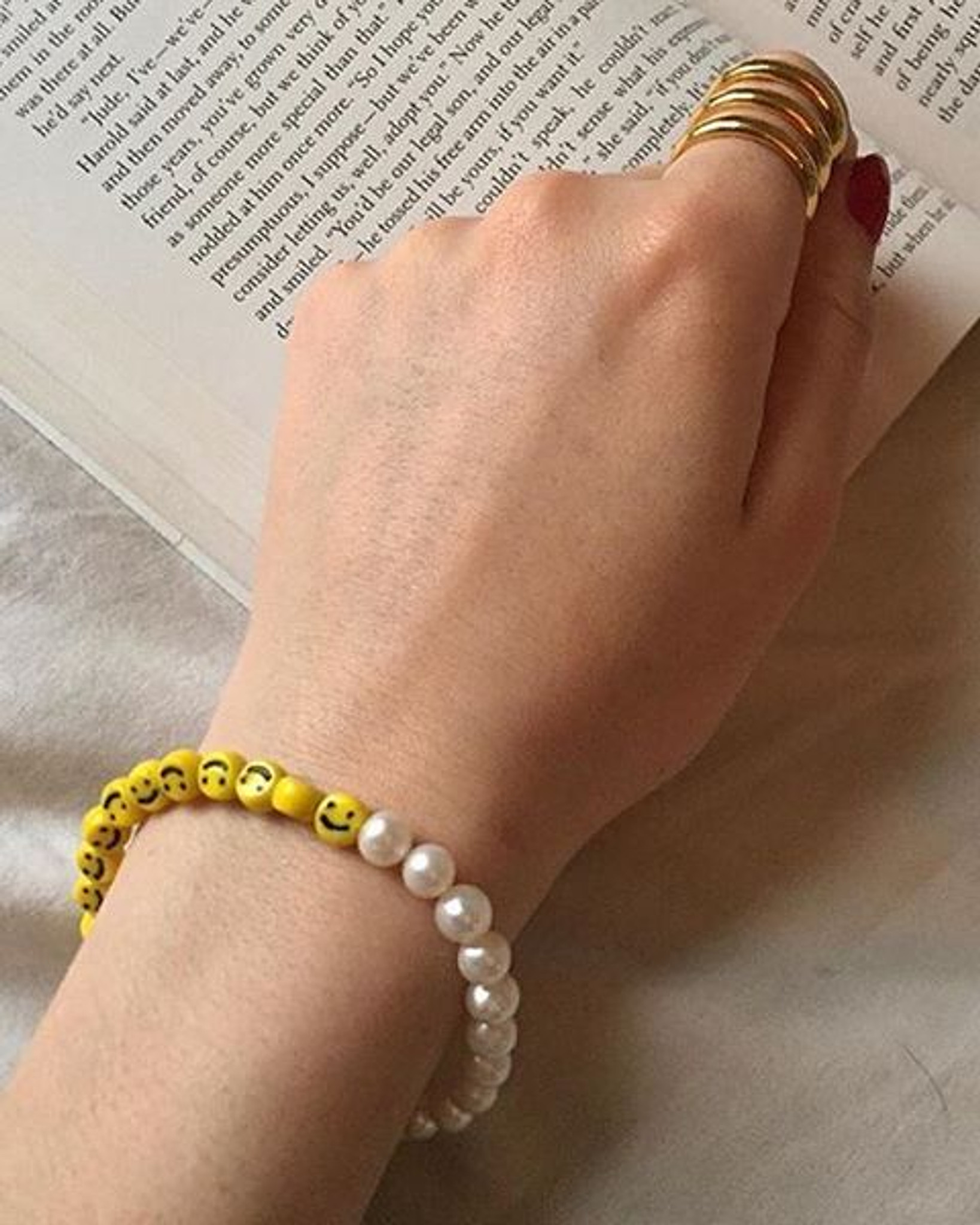 Cultured Freshwater Pearl Bracelet with Smiley Face Emoji Glass Beads by Jewelry Designer Nektar De Stagni matches any outfit.