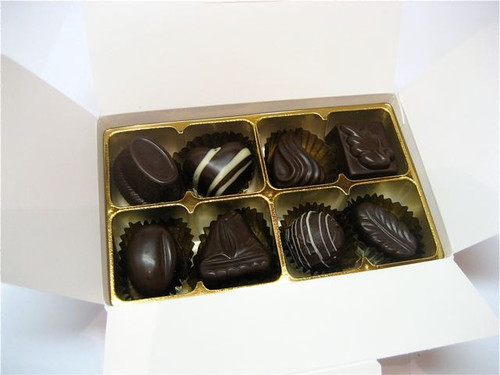 White gift box - 8 assorted dark chocolates $17.50