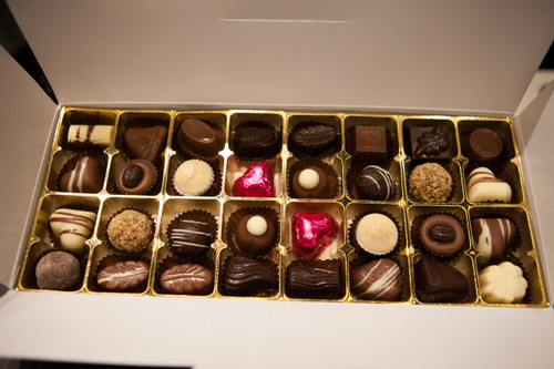 White gift box - 32 chocolates with cerise hearts $62.50