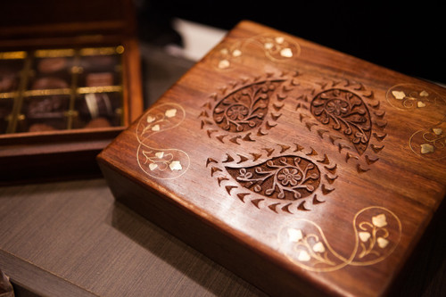 Timber Paisley Box - 16pc $69.00