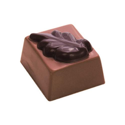 BALI BEAUTY Cinnamon, nutmeg & cloves in a milk chocolate ganache