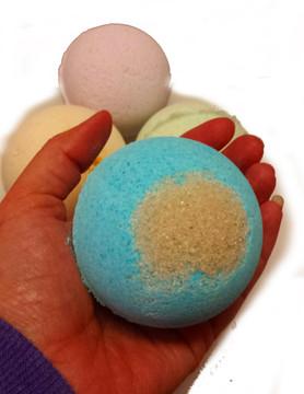Shea Butter Bath Bombs - Ginger Lime