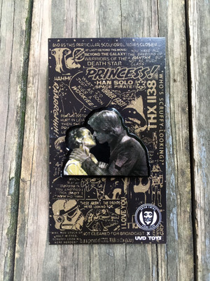 """""""  THE KISS"""" enamel pin"""