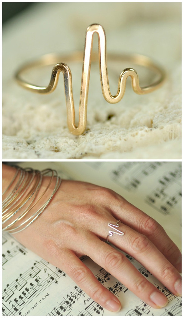 gold heartbeat ring | muyinjewelry.com