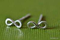 TINY TEENY INFINITY post earrings