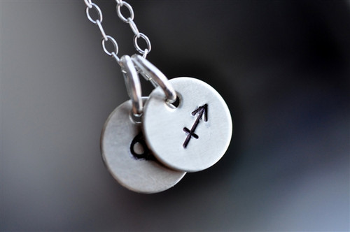 couples zodiac necklace stamped - muyinjewelry.com