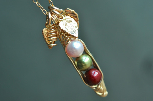 gold Peas in a Pod Necklace with  initial leaves  Œ´_ímuyinjewelry.com