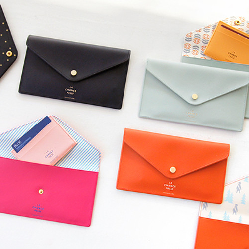 Iconic Flat Pouch