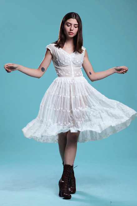 sheer white dress new look fit and flare pleated full skirt floral embroidery organdy vintage 50s SMALL S