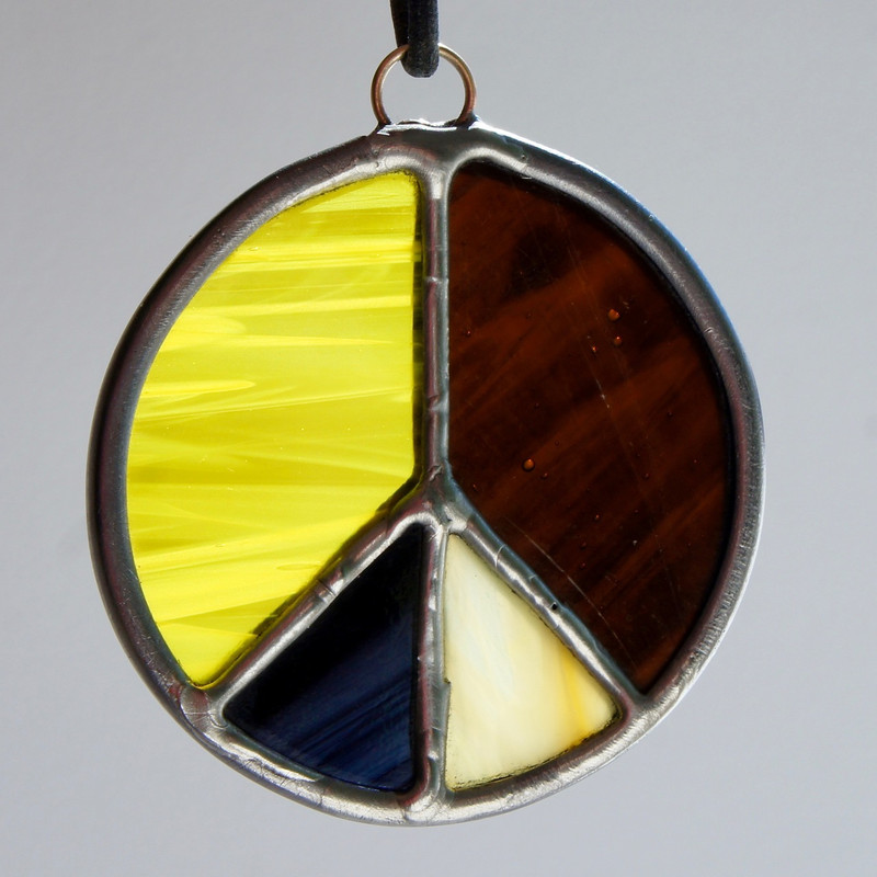 Stained Glass Peace Sign 92