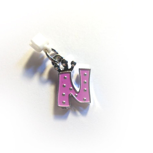 Pop Girl Ear Bud Charm: Letter N