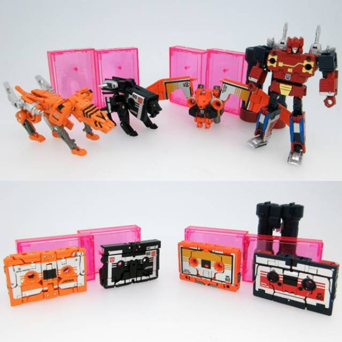 MP-15E and MP-16E  Masterpiece Cassettebot and Cassettetron Set Exclusive