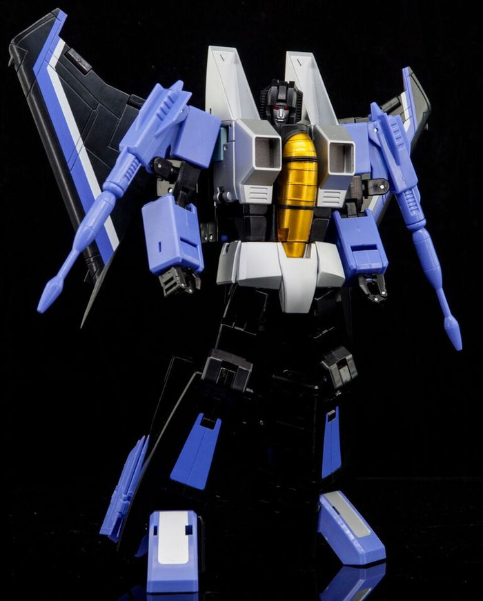 Maketoys Remaster Series - MTRM-13 Skycrow