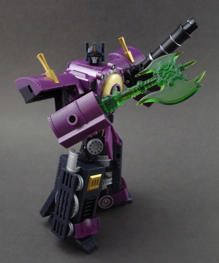 KM-01X  Knight Morpher w/ Renderform Axe