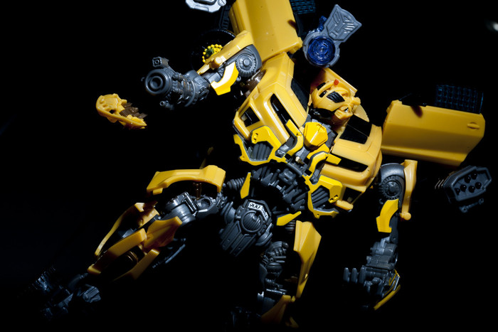 DA-01 Power-Armed Bumblebee (Takara Tomy Version)