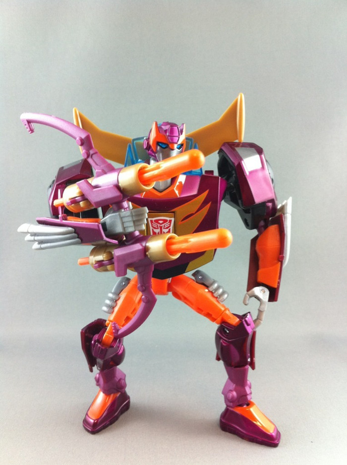 TA-33 Animated Hot Rod (Deluxe Class)