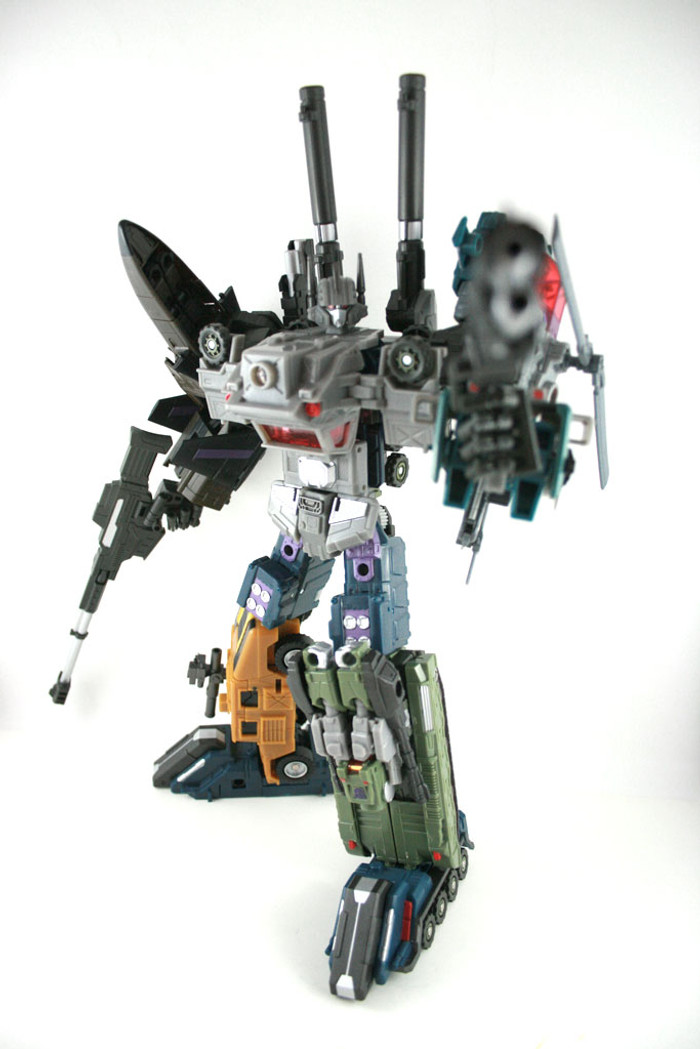 FansProject - Crossfire 02 - Explorer & Munitioner - G1 Colors