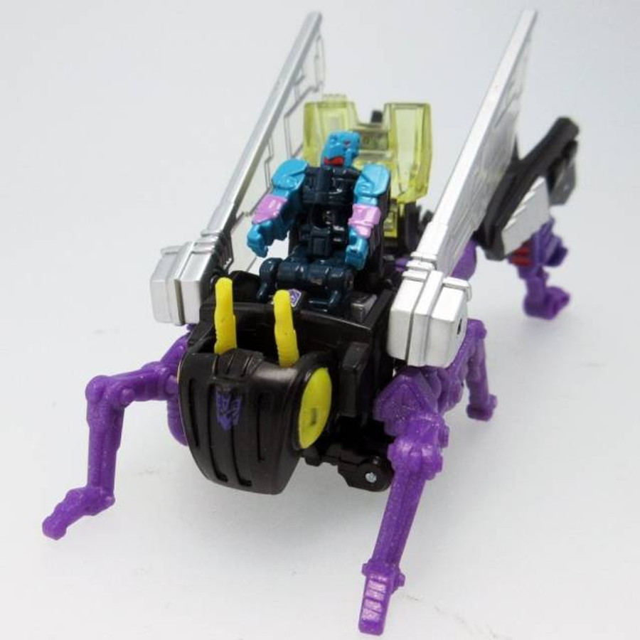 Takara Transformers Legends - LG47 Kickback and Crowbar