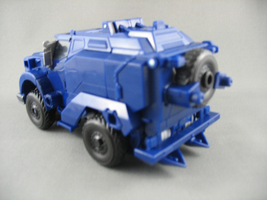 AM-12 Decepticon Breakdown with Micron Arms