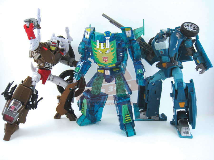 Transformers United Autobot Three-Pack E-Hobby Exclusive