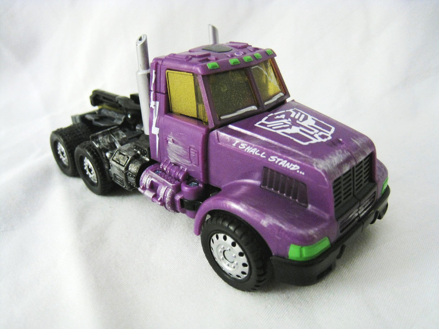 BotCon 2012 - Shattered Glass - Optimus Prime and Kick-Out