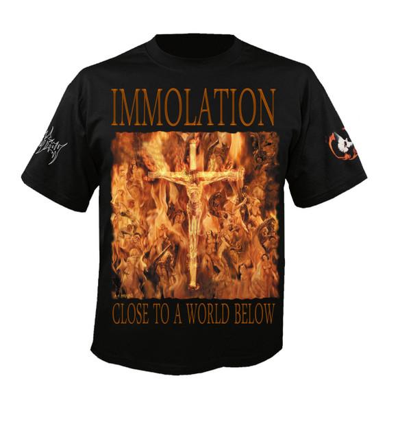 """T-Shirt: """"Close To A World Below"""""""
