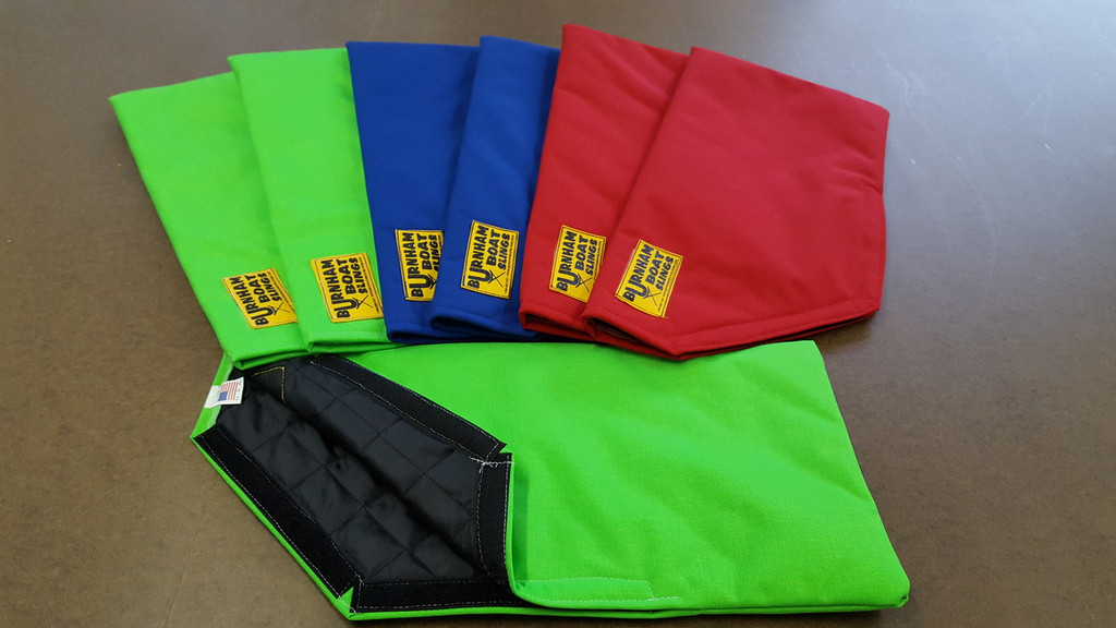 A great NEW item to protect your sculling Blades!  Cordura Nylon outer shell with a padded interior.  Velcro closure for easy on & off. Set (2)