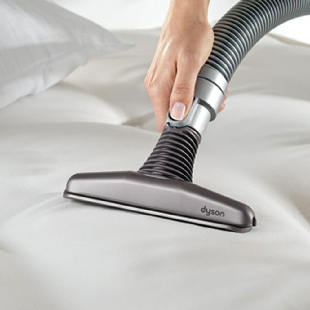 Mattress tool for wide areas of upholstery and mattress cleaning