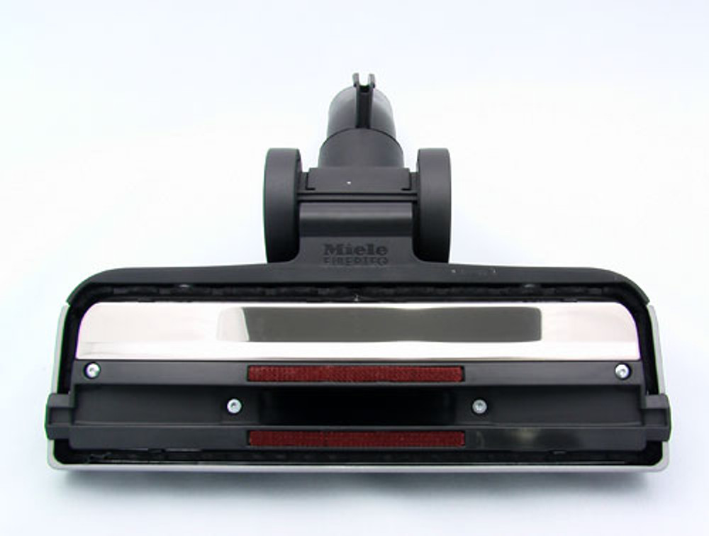Brushes surround the base of the tool for maximum pick-up.