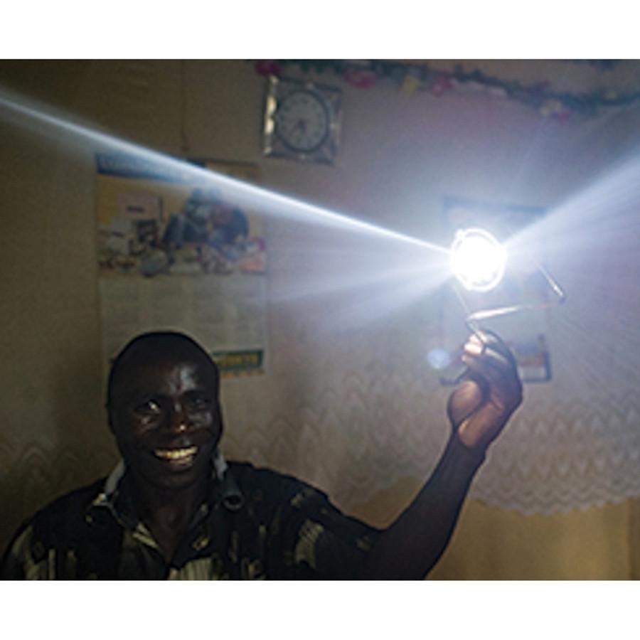 S2 SOLAR FOCUSED TASK LIGHT