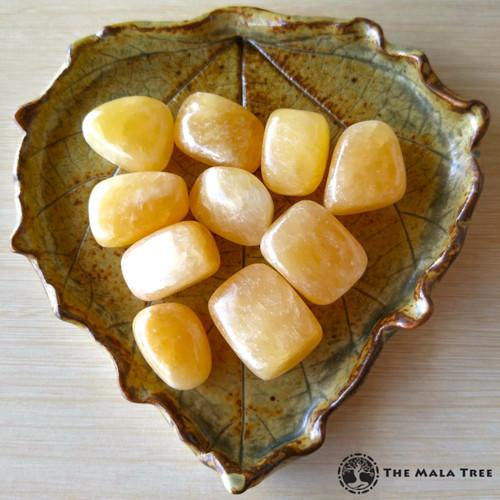 YELLOW / HONEY CALCITE Tumbled Stone