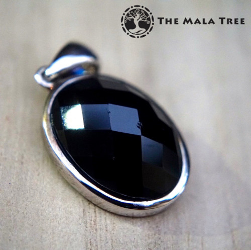 SALE ITEM:  SPINEL SILVER PENDANT (Faceted Oval)