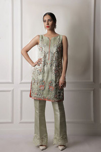 Jeem Coral margarita with sleeves attached